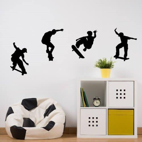 skatere som trikser på veggen - kul wallsticker
